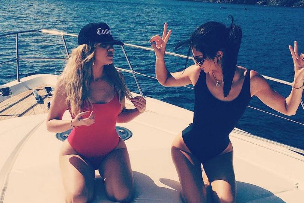 Khloé Kardashian y Kendall Jenner Foto:Vía /instagram.com/khloekardashian/. Imagen Por: