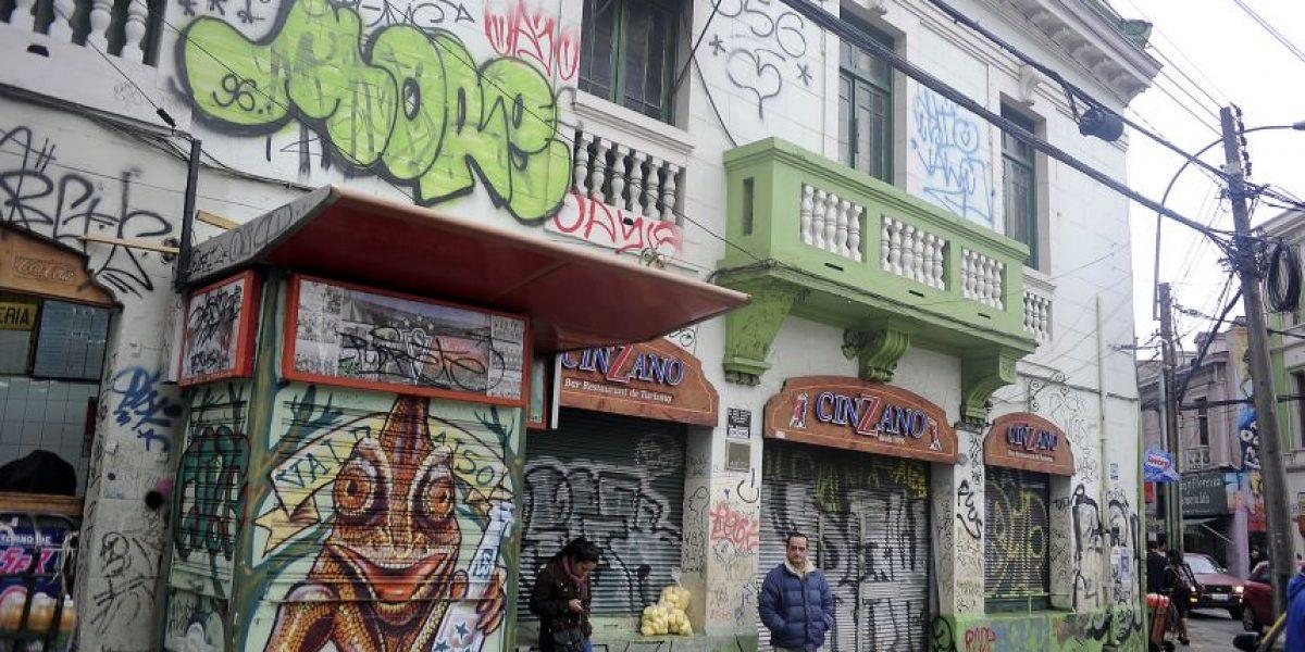 Valparaíso aplicará duras sanciones económicas a grafiteros