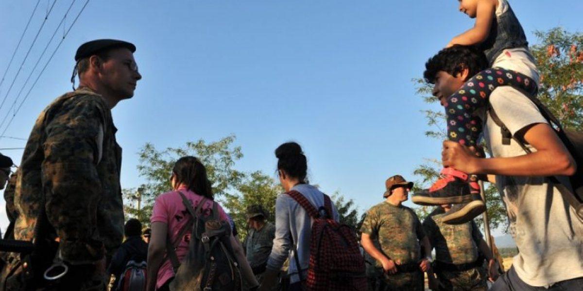 Al menos 2.000 migrantes nuevos llegan a Serbia tras atravesar Macedonia
