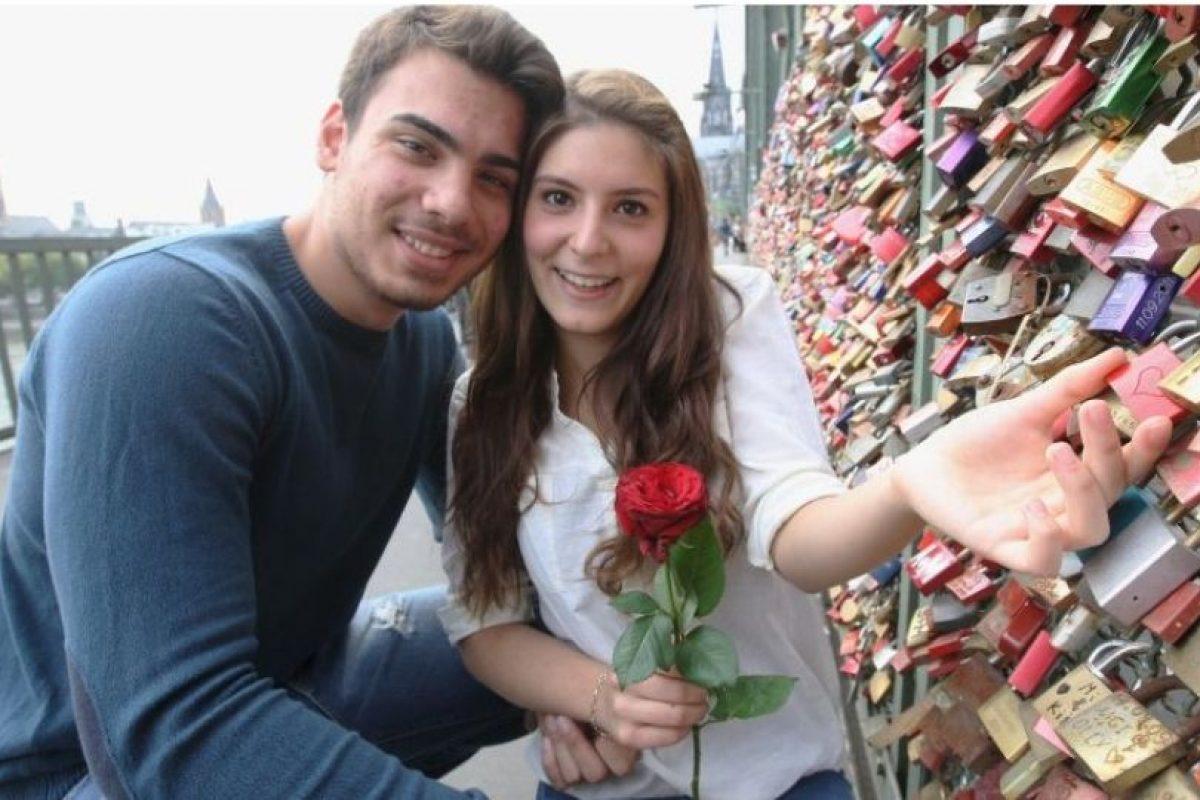 Aproximadamente el 51% de las mujeres y el 41% de los hombres ni siquiera creen que el amor a primera vista es posible. Foto:Getty Images. Imagen Por: