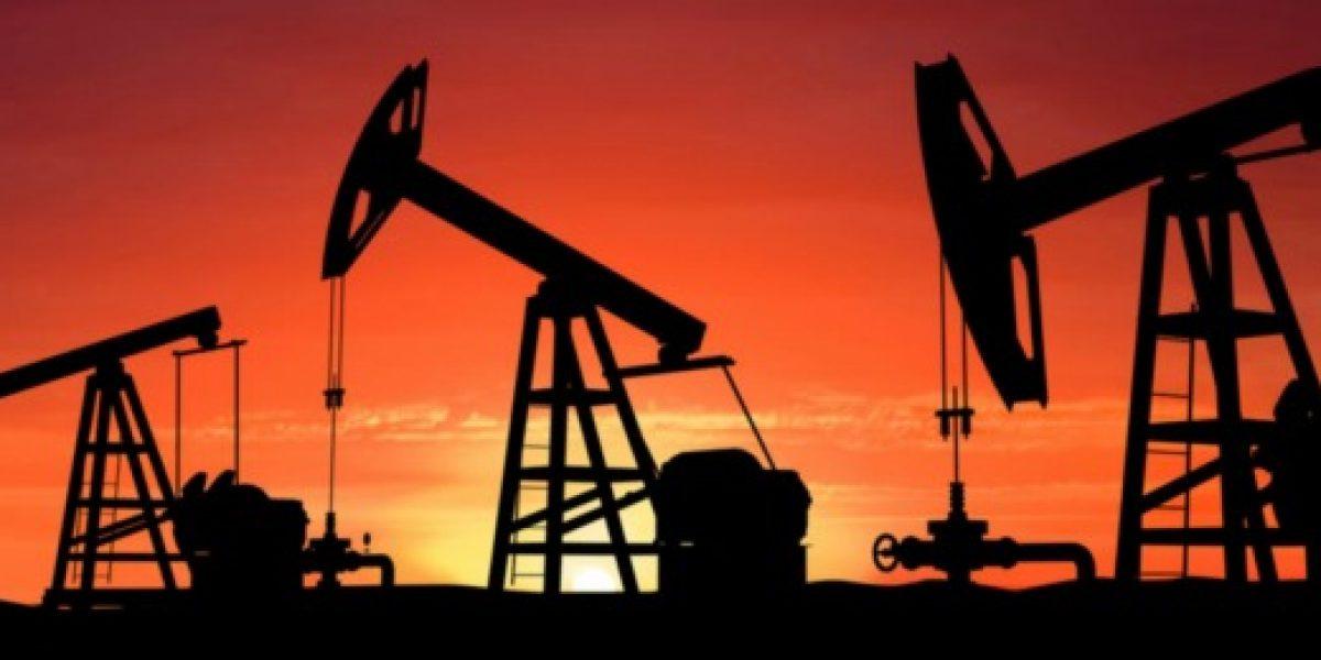 El precio del petróleo cae al nivel más bajo desde 2009