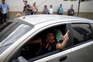 4. La ahora exfuncionaria está acusada de soborno, estafa y defraudación de aduanas. Foto:AP. Imagen Por: