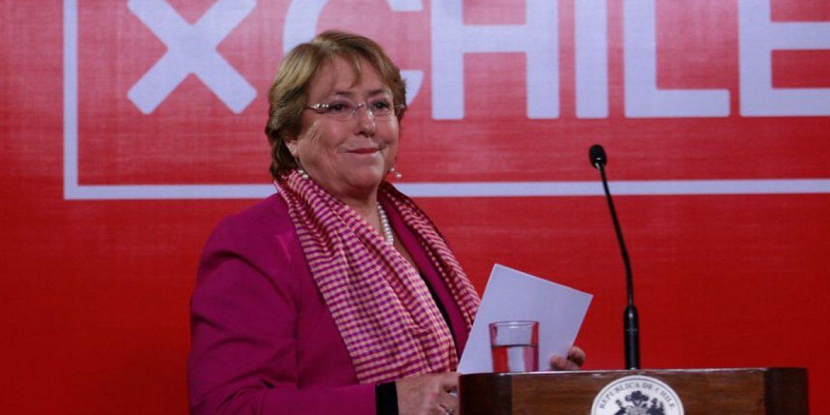 Cadem: Bachelet mantiene su aprobación y su rechazo alcanza al 66%