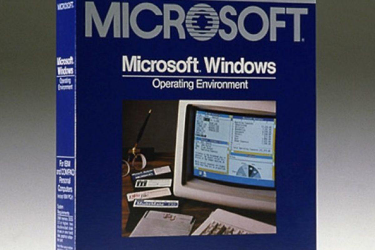 Microsoft inició actividades en el año de 1975 con la producción de software y pequeñas computadoras de escritorio. Les presentamos el Windows 1.0 creado por esta empresa en 1983 Foto:windows.microsoft.com. Imagen Por: