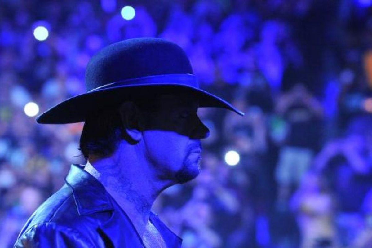 Un año y medio después de que fuera derrotado en Wrestlemania 30, Undertaker tuvo su revancha. Foto:WWE. Imagen Por: