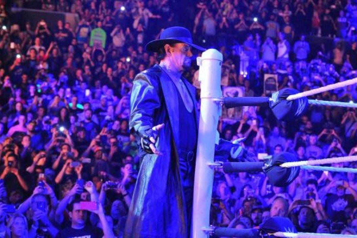 Undertaker venció a Brock Lesnar en Summerslam 2015, la función de verano de la WWE. Foto:WWE. Imagen Por: