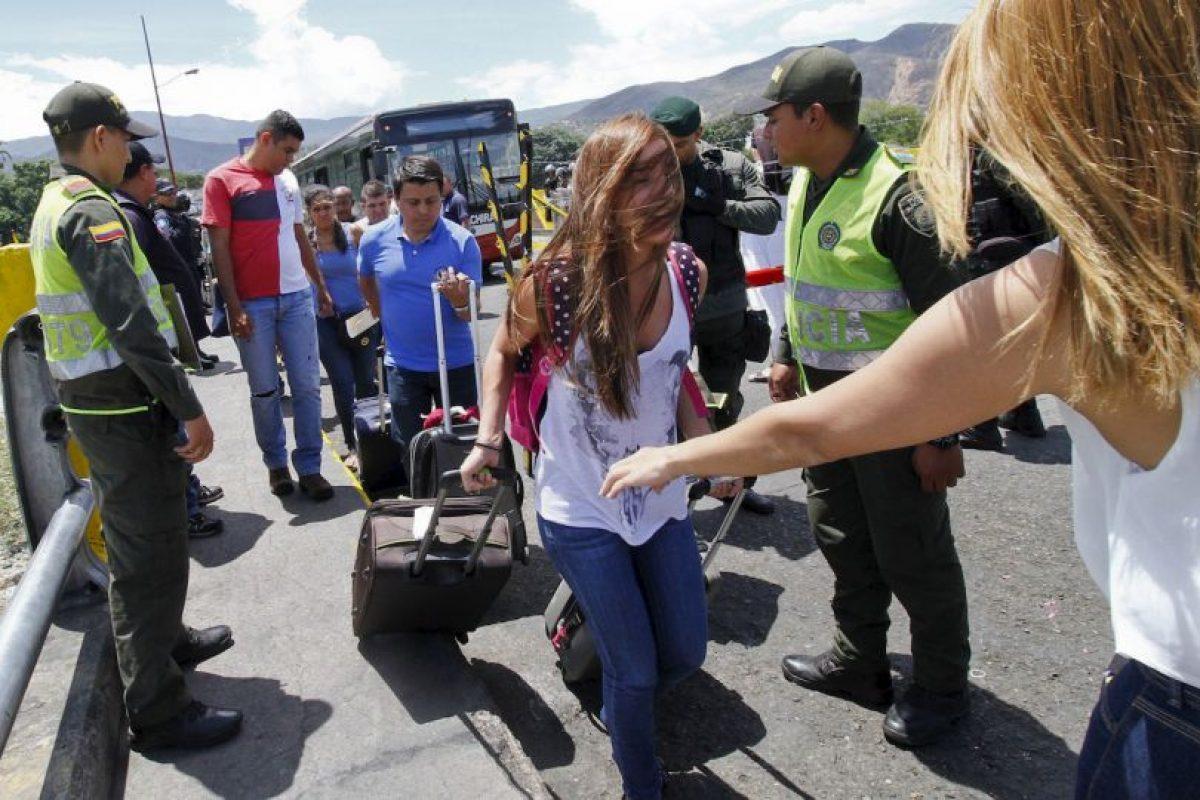 """""""La dictadura en Venezuela tortura a la oposición, expulsa a los colombianos y protege al terrorismo"""", escribió el expresidente de Colombia, Álvaro Uribe. Foto:AFP. Imagen Por:"""