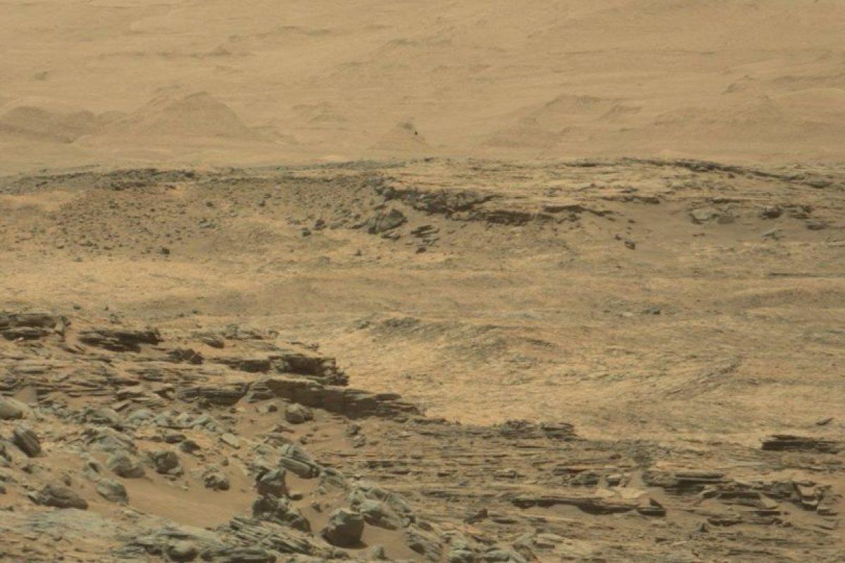 Y estas son las difundidas por la NASA Foto:Imagen original en http://mars.jpl.nasa.gov/msl-raw-images/msss/01074/mcam/1074MR0047260010600092E01_DXXX.jpg. Imagen Por: