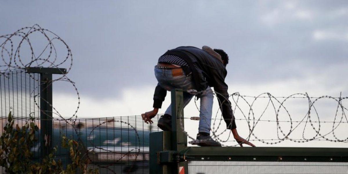 Seis meses de cárcel para irregulares que trabajen en el Reino Unido