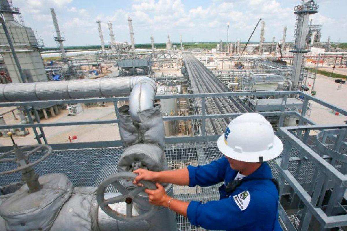 Su fortuna está valorada en 5 mil millones de dólares. Foto:Vía enterpriseproducts.com. Imagen Por: