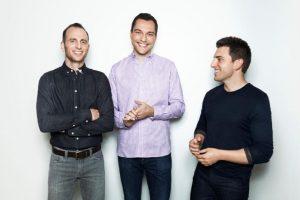 La fortuna de cada uno de estos tres empresarios está valorada en 3 mil millones de dólares. Foto:Vía Forbes. Imagen Por: