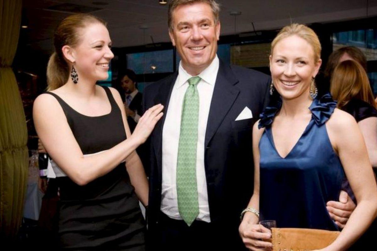 Las siguientes tres posiciones las ocupan los hermanos Carl Erik Hagen, Caroline Hagen Kjos y Nina Hagen Camilla Sorli. Cada uno tiene en su posesión 1.5 mil millones de dólares. Foto:Vía dn.no. Imagen Por: