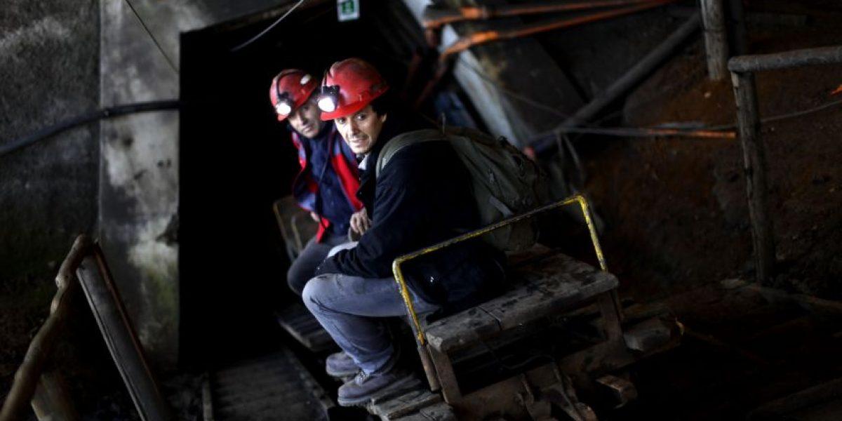 Mineros alcanzan acuerdo y deponen ocupación de yacimiento en Curanilahue