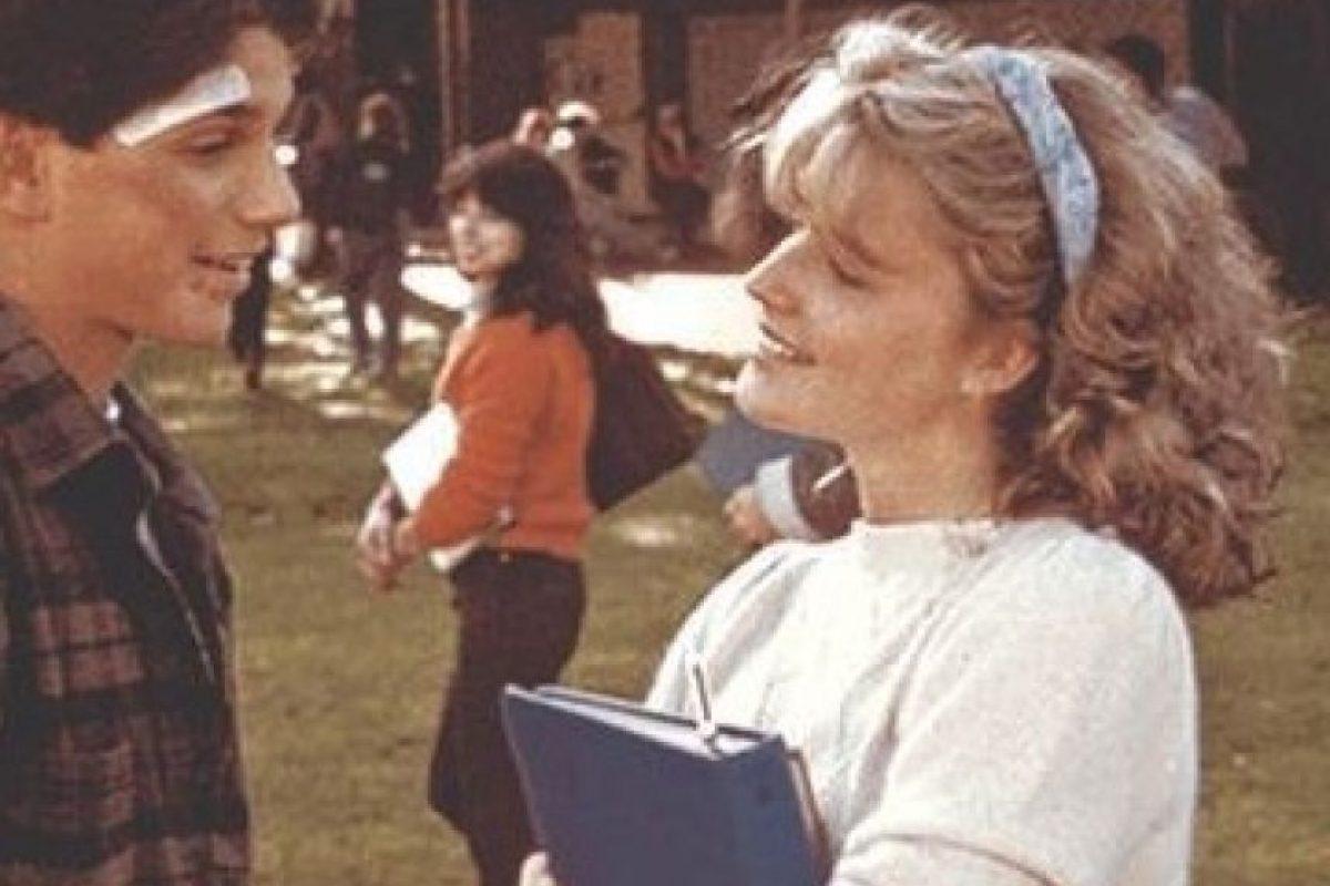 """Interpretó a la joven Ali, la chica de la que está enamorado Daniel y ex novia del abusivo """"Johny Lawrence"""". Foto:IMDB. Imagen Por:"""