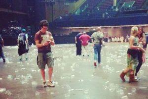 El interior después de los shows. Foto:instagram.com/tiedyezach. Imagen Por: