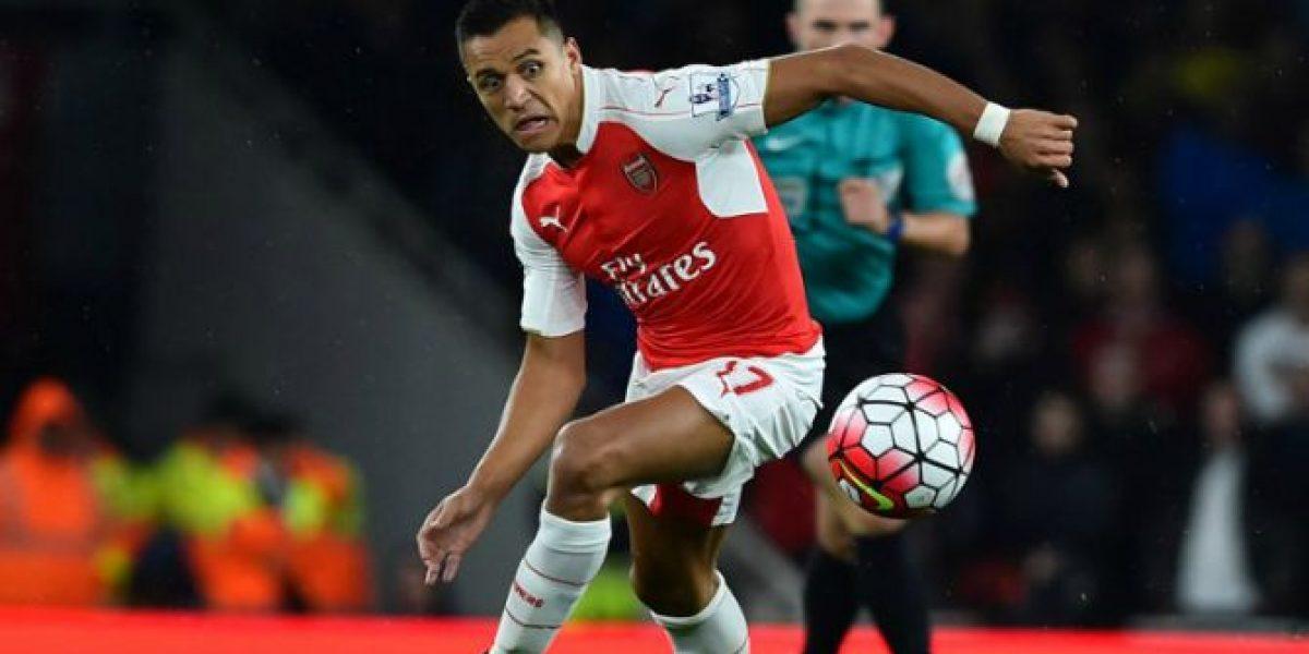 Alexis tendrá duro choque con Arsenal en la Capital One Cup