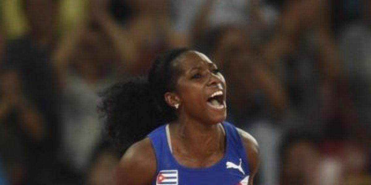 La campeona mundial de garrocha que fue rechazada por gorda
