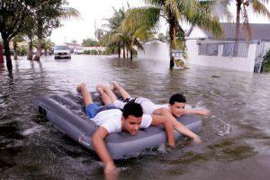 Más de mil personas murieron por el huracán y sus inundaciones. Foto:Getty Images. Imagen Por:
