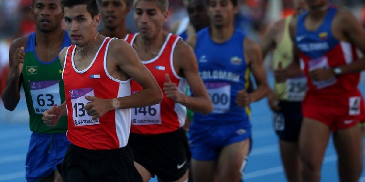 Chileno Carlos Díaz clasificó a las semifinales de los 1.500 metros en Beijing