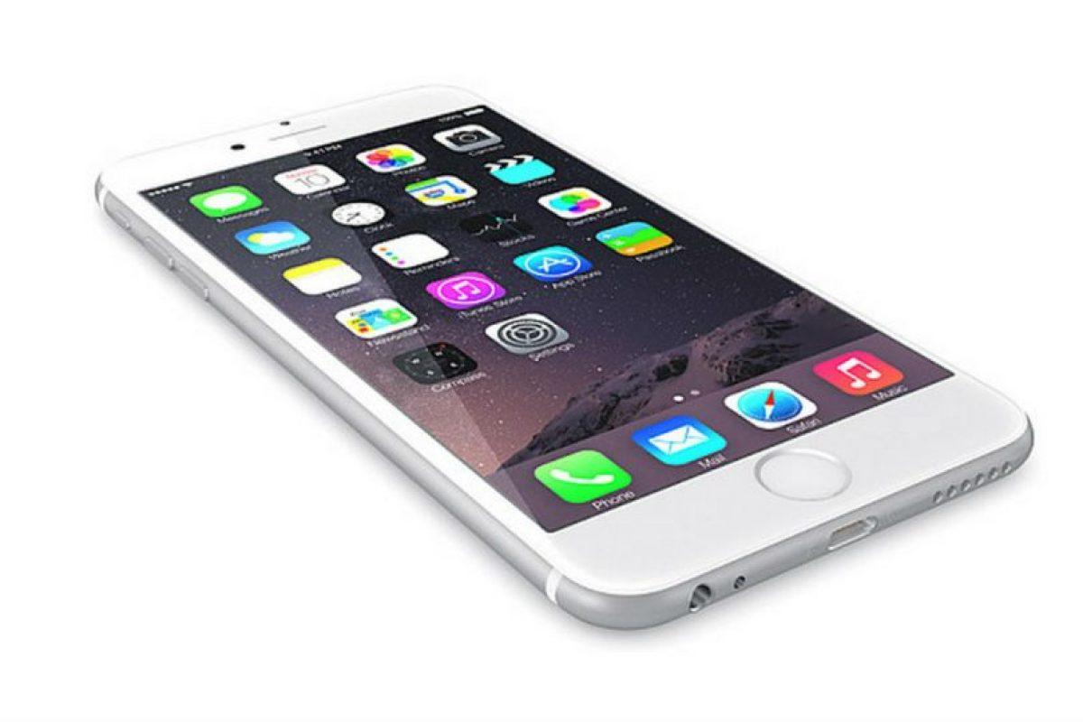 El iPhone 6 logró que Mario Balotelli fingiera una lesión. Foto:Apple. Imagen Por: