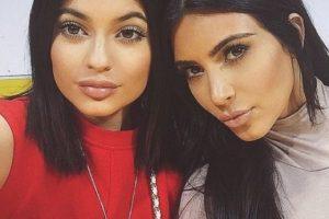 Kylie Jenner y Kim Kardashian Foto:Vía Instagram/@kimkardashian. Imagen Por: