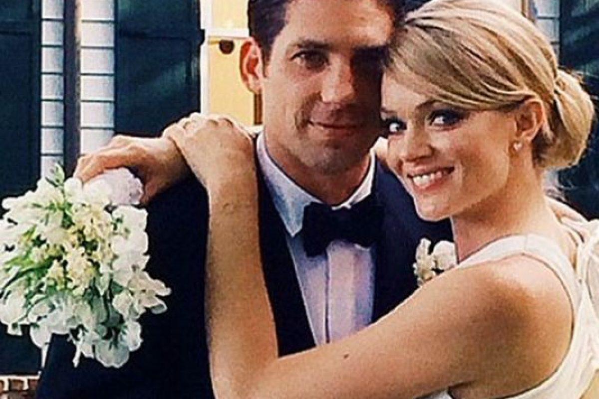 La modelo estadounidense se casó con su prometido, el representante de ventas de material médico Sean Clayton Foto:Vía Instagram. Imagen Por:
