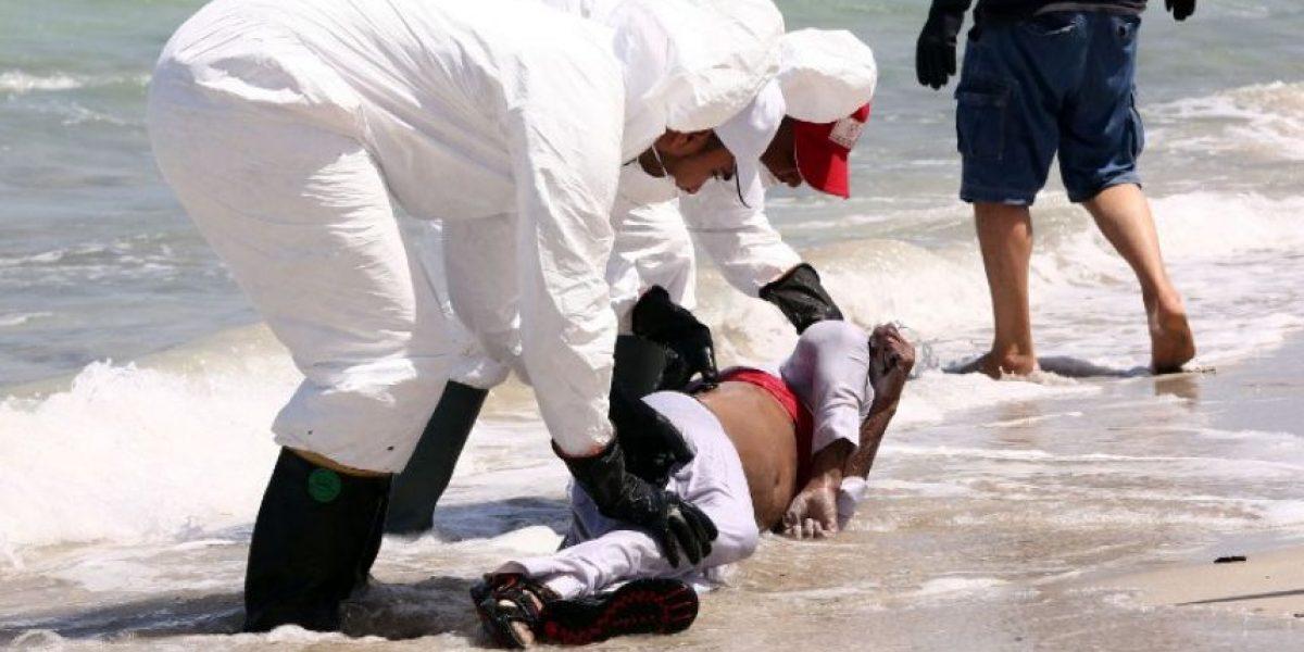 Suben a 76 los migrantes muertos en el naufragio de un barco en Libia