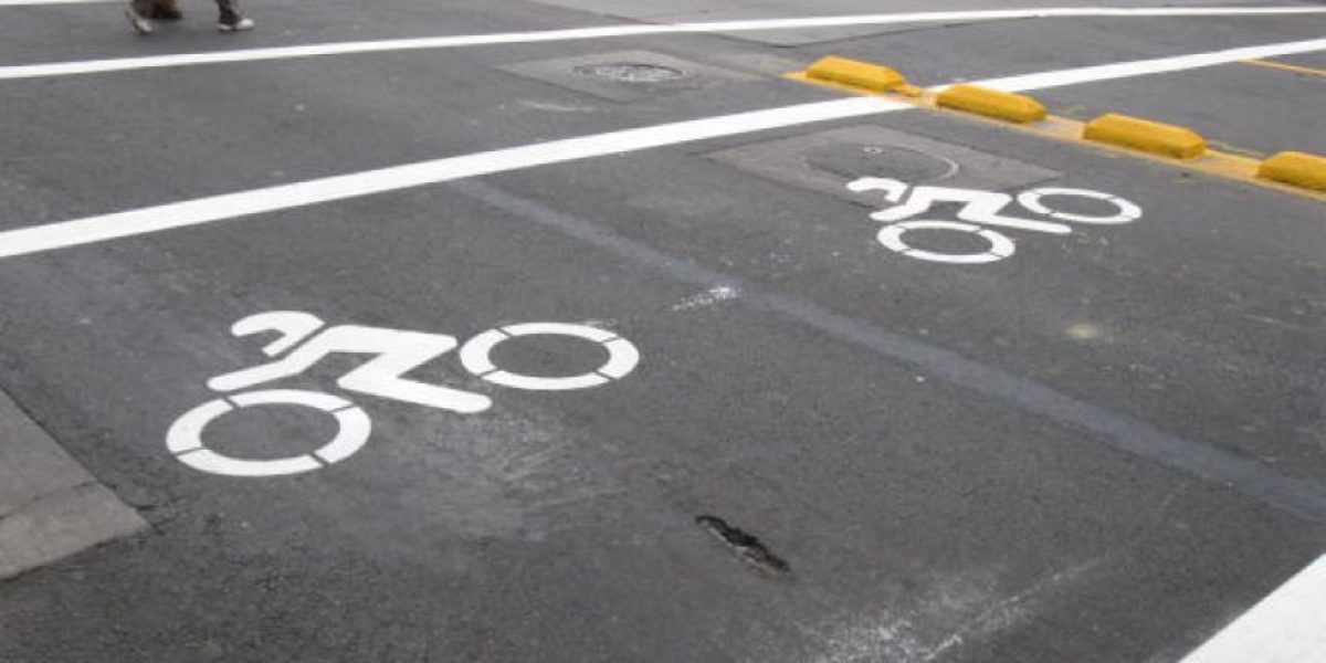 Habilitarán zona exclusiva para motocicletas en el centro de Santiago
