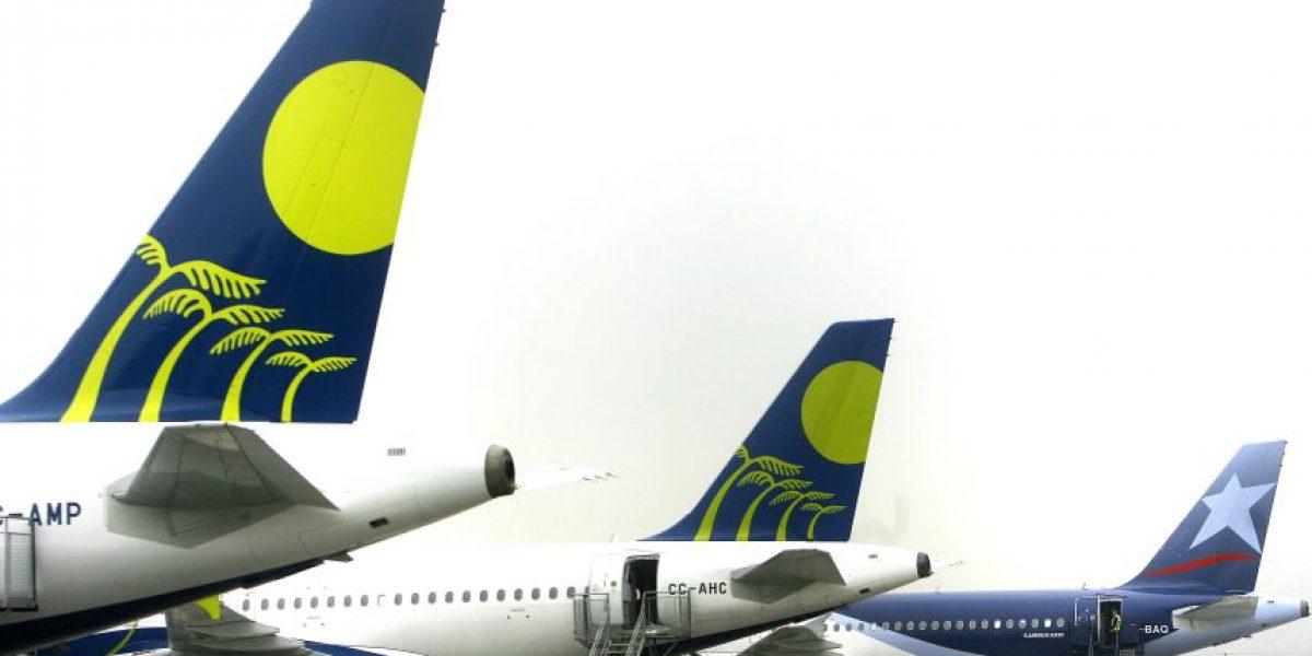 Funcionarios de la Dirección Aeronáutica Civil anuncian paro