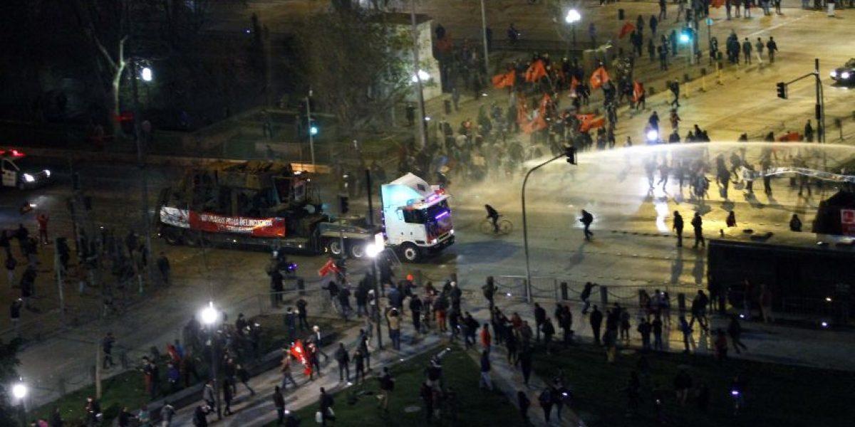 Sin detenerse: así fue el paso de la caravana de camiones por Santiago