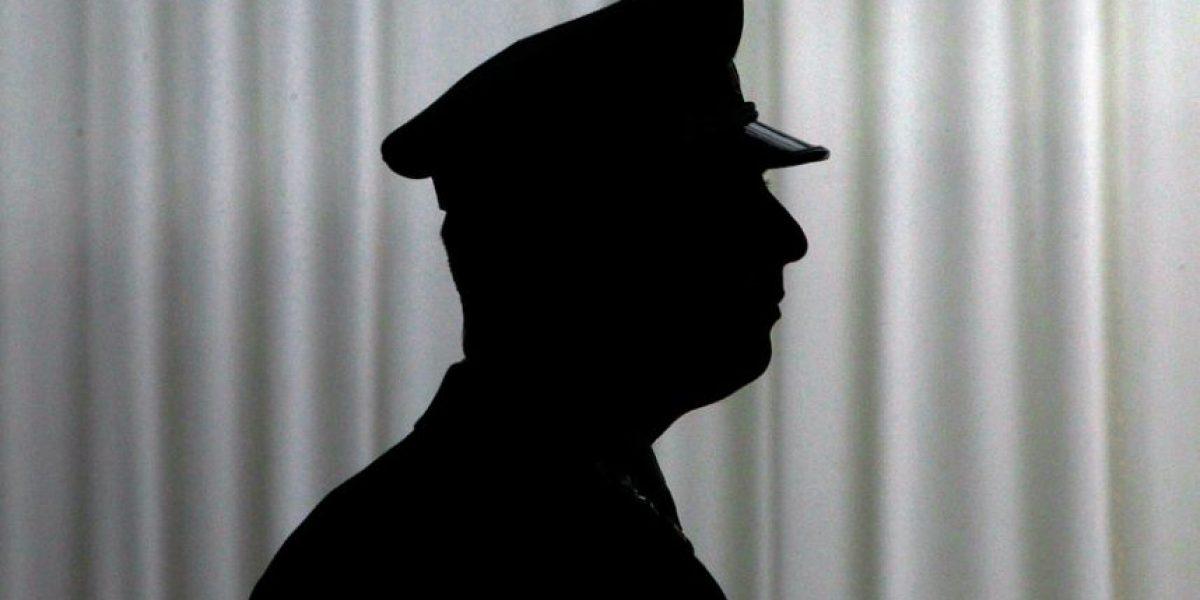 Supuesto gendarme protagonizó choque y al huir olvidó su uniforme