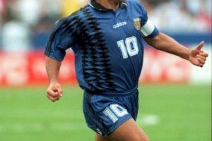 """Nunca gozó de una """"figura perfecta"""", pero su aumento de peso fue más evidente en 1994, y después de retirarse del fútbol. A pesar de ello es considerado uno de los mejores futbolistas de la historia. Foto:Getty Images. Imagen Por:"""