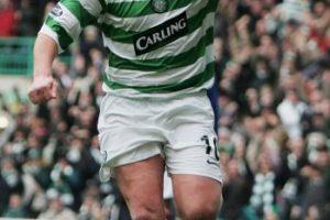 """Su evidente sobrepeso no le impidió ganarse el derecho a ser considerado uno de los mejores delanteros en la historia de Gales, su país. En 2005 fue el """"MVP"""" de la Premier League escocesa. Foto:Getty Images. Imagen Por:"""