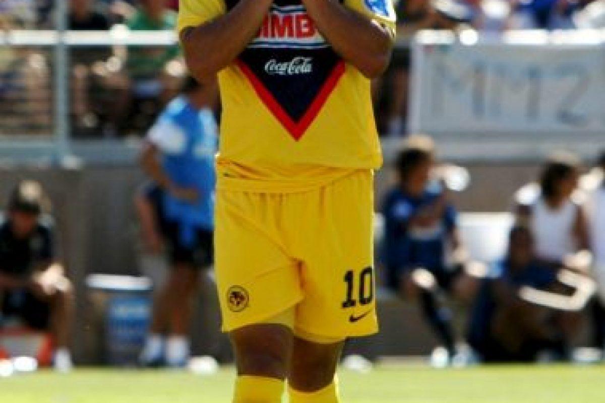 """A pesar de ser """"gordo"""", Cabañas brilló como jugador en el América de México y también en la Selección de Paraguay, de la que fue capitán. Sólo un balazo en la cabeza pudo detener su carrera. Foto:Getty Images. Imagen Por:"""
