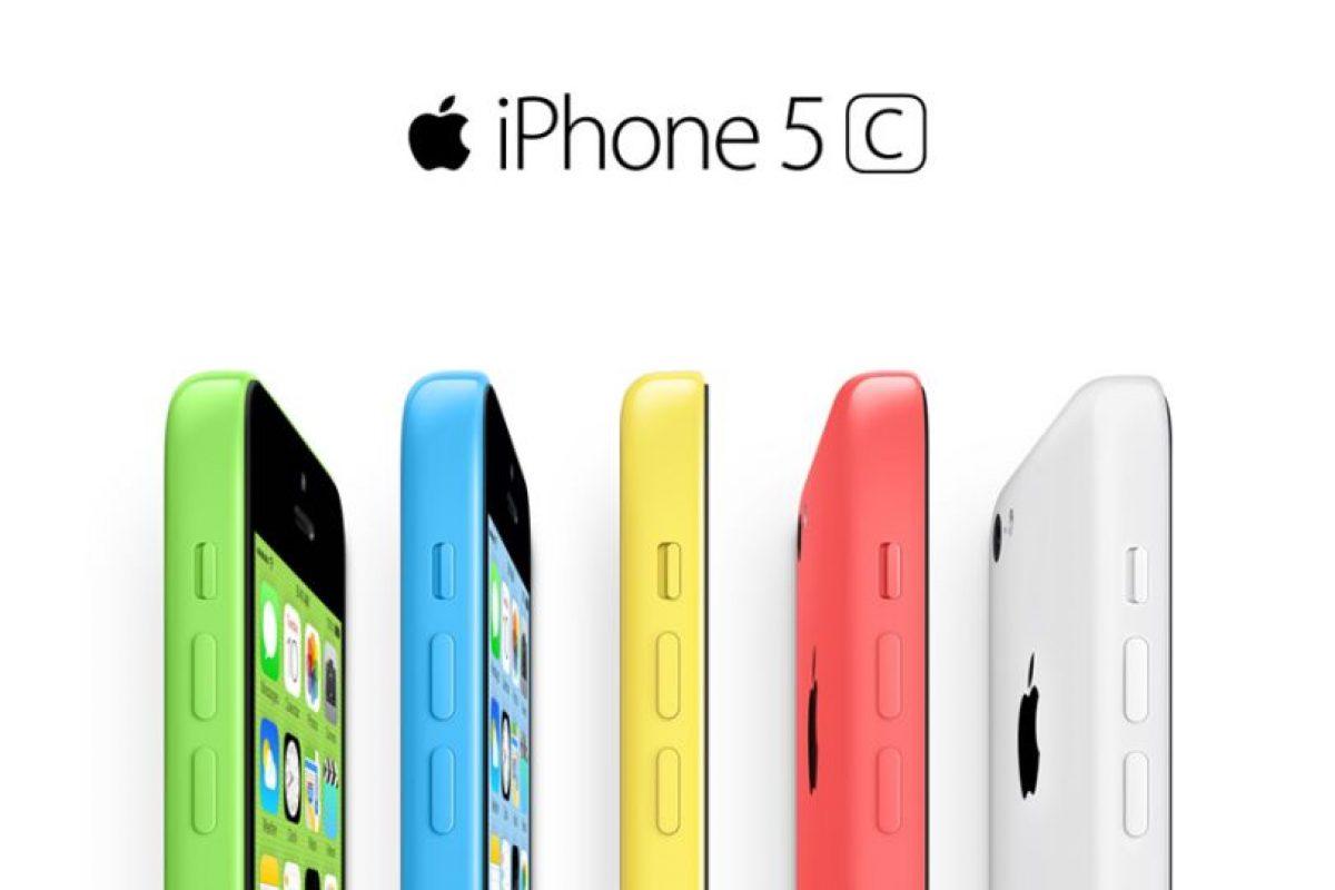 """2.- Nivelador digital integrado. Accedan a la aplicación de """"brújula"""", deslicen su dedo a la derecha y verán una pantalla que marca el porcentaje de inclinación del teléfono Foto:Apple. Imagen Por:"""
