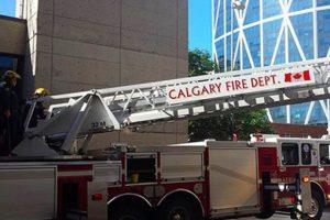 Foto al Departamento de Bomberos de Calgary Foto:Vía Facebook.com/nathan.buhler. Imagen Por: