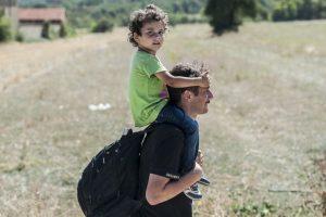 Migrantes serbios viajando a Macedonia. Foto:AFP. Imagen Por: