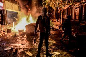 Militante kurdo en Estambul. Foto:AFP. Imagen Por: