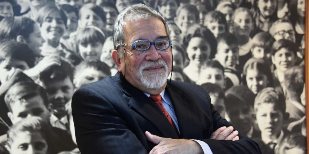 Abraham Santibáñez gana el Premio Nacional de Periodismo 2015