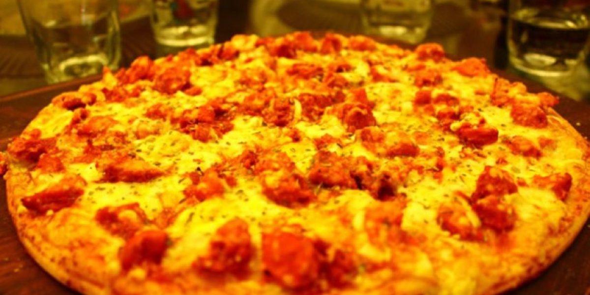 Su forma de comer pizza revela secretos de su personalidad, según experta