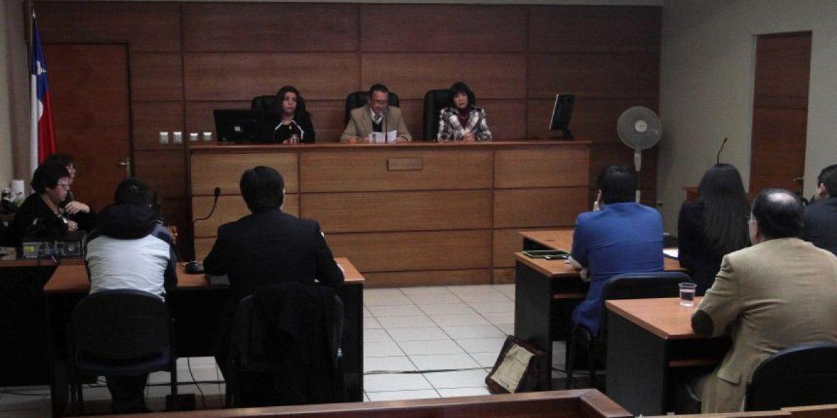 Encuesta: 69% de los chilenos le pone
