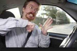 Suelen conducir de forma más agresiva. Foto:Tumblr. Imagen Por: