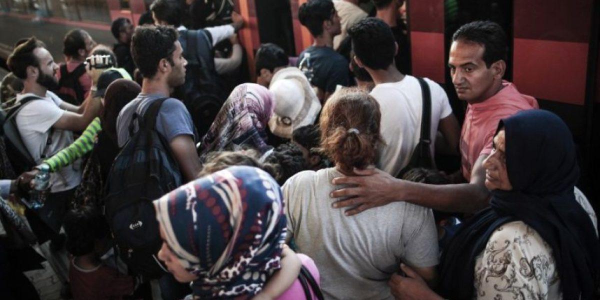 Austria refuerza los controles fronterizos, los países europeos dividos sobre acogida de migrantes