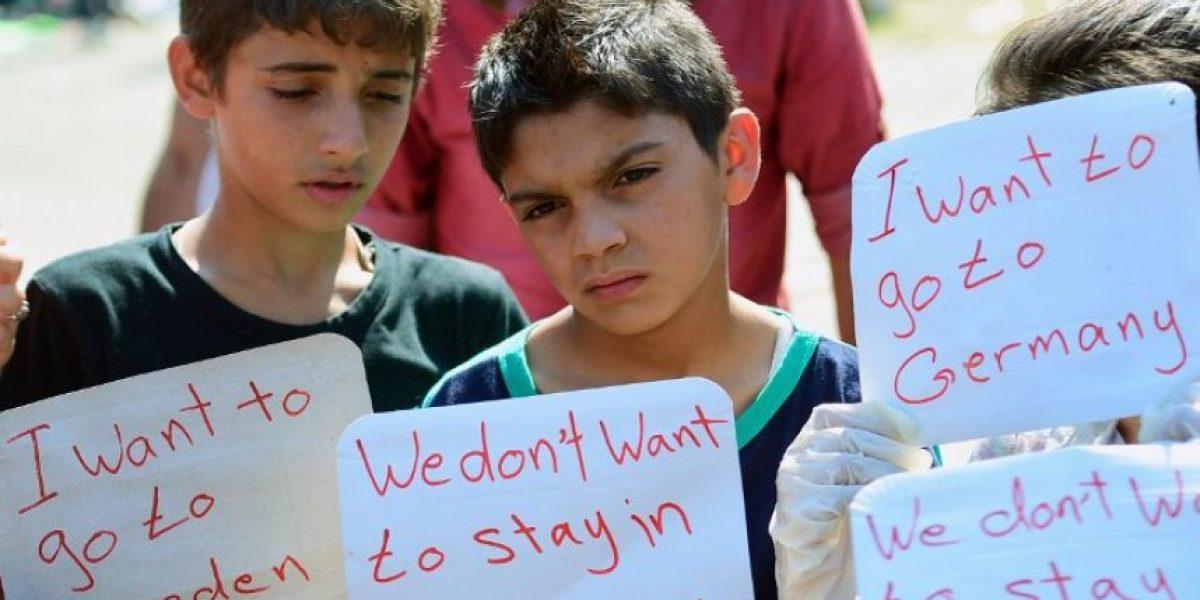 Miles de refugiados encallan en Hungría ante las trabas policiales