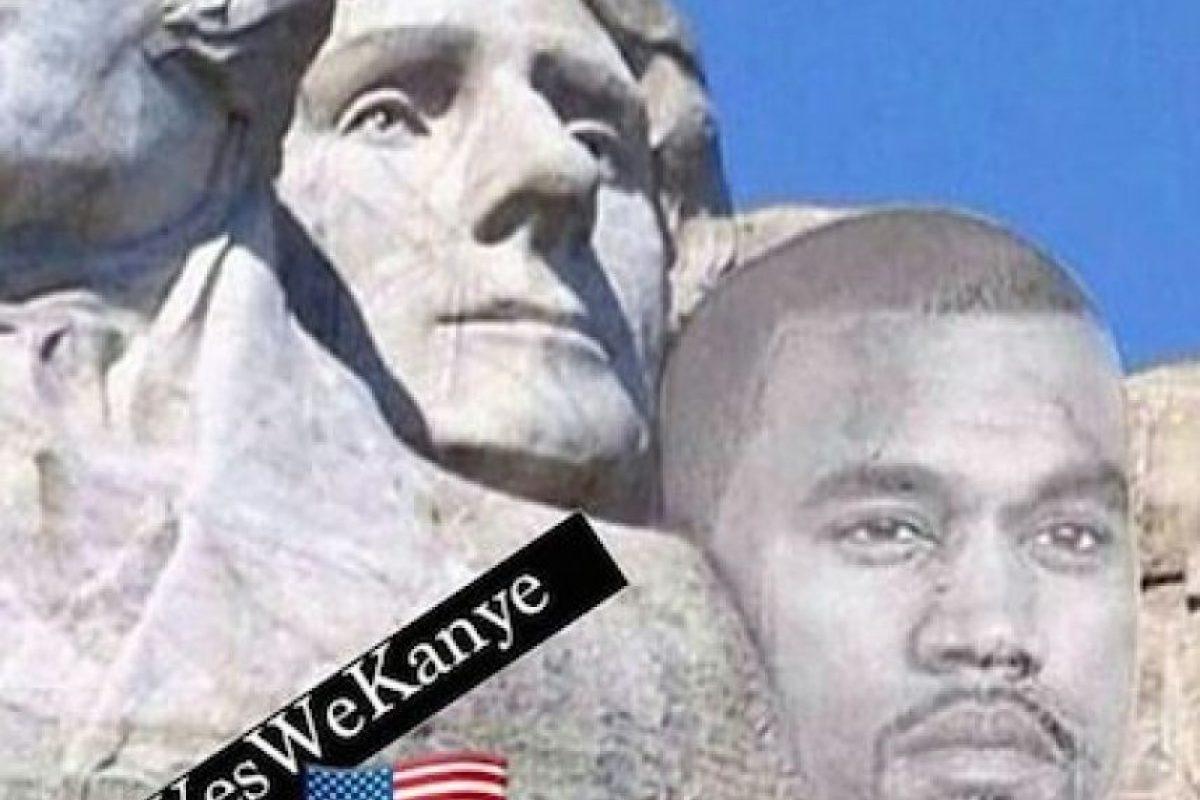 Y su figura en el Monte Rushmore, donde están esculpidos los rostros de George Washington, Thomas Jefferson, Theodore Roosevelt y Abraham Lincoln Foto:Instagram.com/explore/tags/kanyewest. Imagen Por: