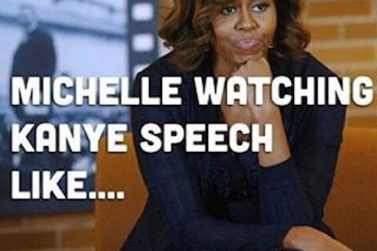 Mientras que, según redes sociales, esa sería Michelle viendo su discurso Foto:Instagram.com/explore/tags/kanyewest. Imagen Por: