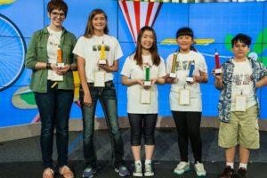Audrey Zhang junto a los otros finalistas. Foto:Google. Imagen Por: