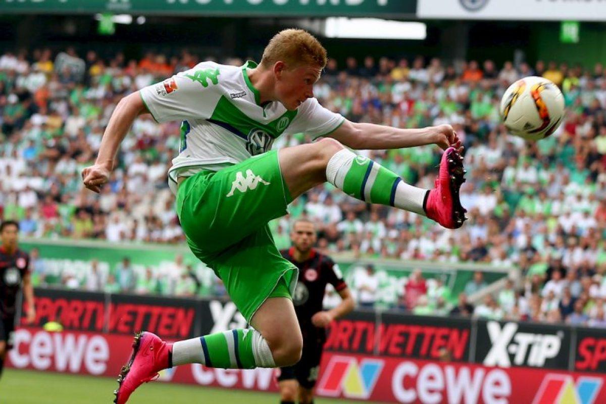 El exjugador del Wolfsburgo, elegido como el mejor de la Bundesliga pasada, fichó con Manchester City por 75 millones de euros Foto:Getty Images. Imagen Por: