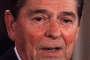Según el portal IMDb, participó en decenas de películas y series antes de ser político. Foto:Getty Images. Imagen Por: