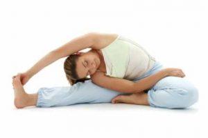 Ejercitar el cuello de un lado a otro y de arriba a bajo son ejercicios ideales. Foto:Tumblr. Imagen Por: